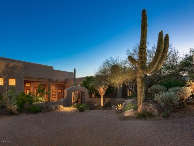 Photo of 11323 E HONEY MESQUITE Drive, Scottsdale, AZ 85262