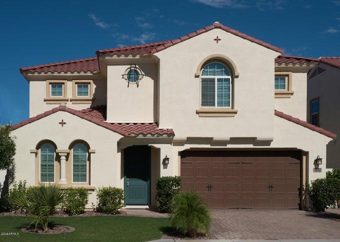 Photo of 3210 S WATERFRONT Drive, Chandler, AZ 85248