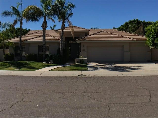 Photo of 6071 W ROSE GARDEN Lane, Glendale, AZ 85308
