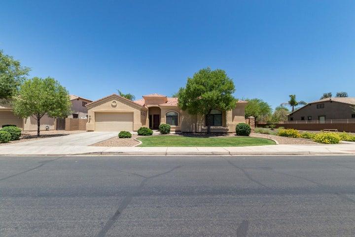 Photo of 3250 E LYNX Place, Chandler, AZ 85249