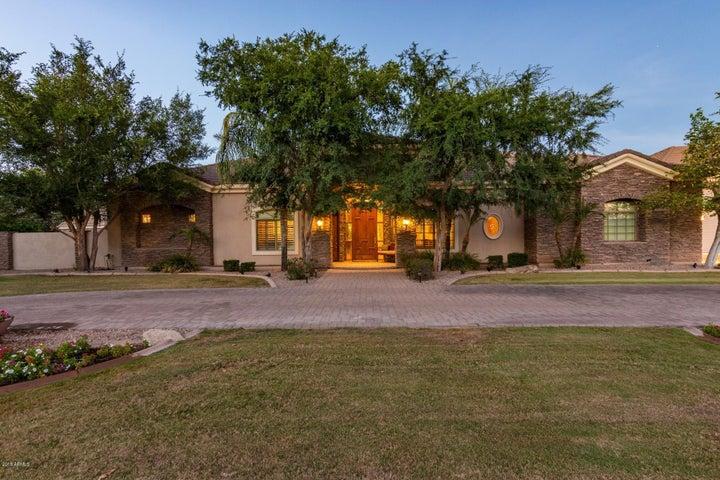 Photo of 51 N CORONADO Road, Gilbert, AZ 85234