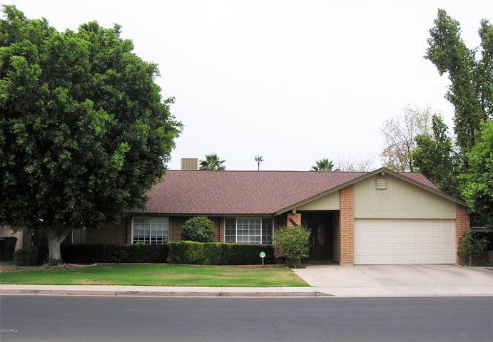 Photo of 953 W MESETO Avenue, Mesa, AZ 85210