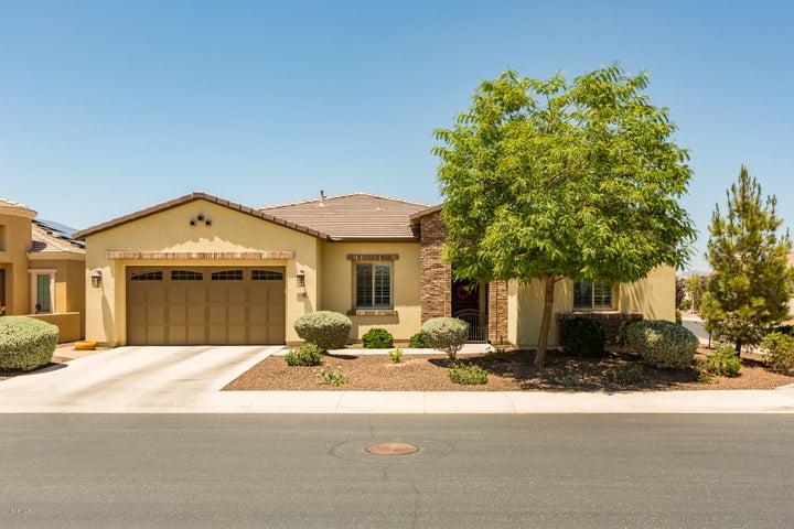 Photo of 668 E LADDOOS Avenue, San Tan Valley, AZ 85140