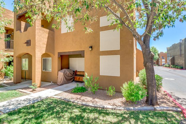 Photo of 1718 W COLTER Street #183, Phoenix, AZ 85015
