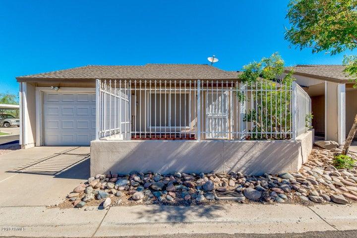Photo of 4352 E CARSON Road, Phoenix, AZ 85042