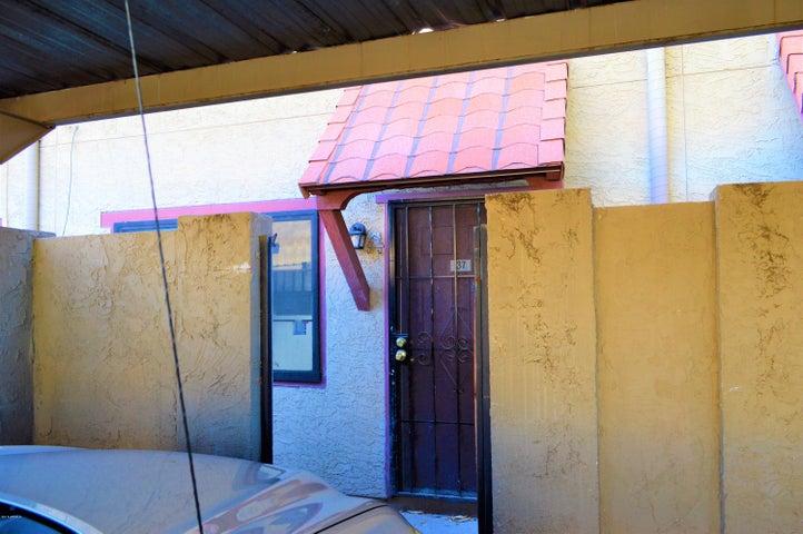 Photo of 2724 W MCLELLAN Boulevard #137, Phoenix, AZ 85017
