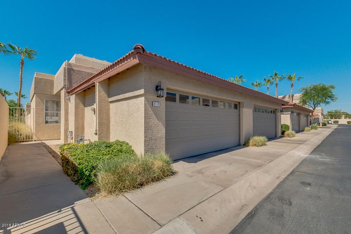 Photo of 3221 N 37TH Street #11, Phoenix, AZ 85018