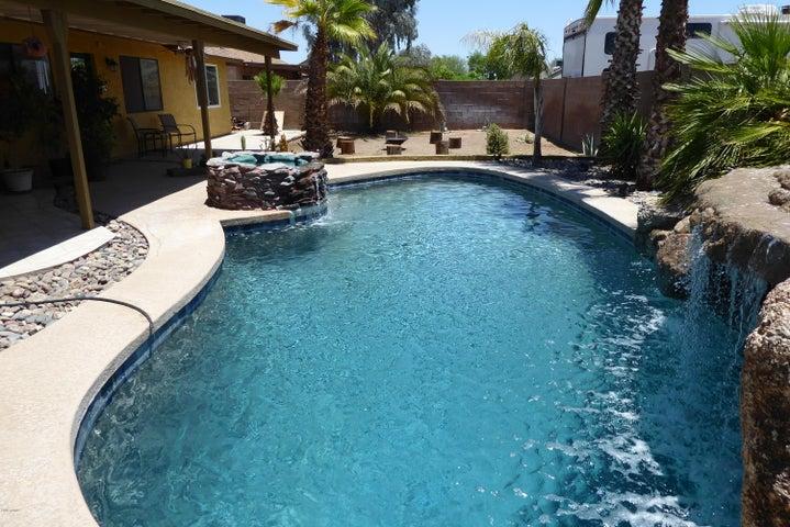 Photo of 7257 W PARADISE Drive, Peoria, AZ 85345