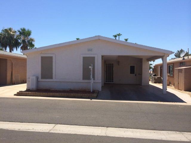 Photo of 6266 S SAWGRASS Drive, Chandler, AZ 85249