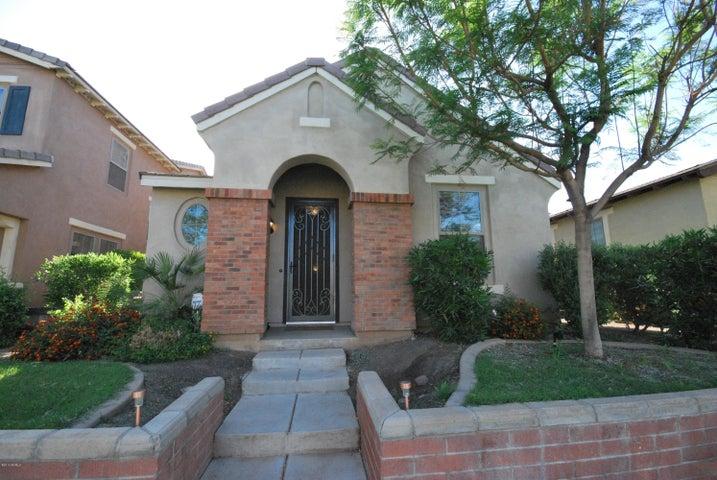 Photo of 15410 W Dahlia Drive, Surprise, AZ 85379