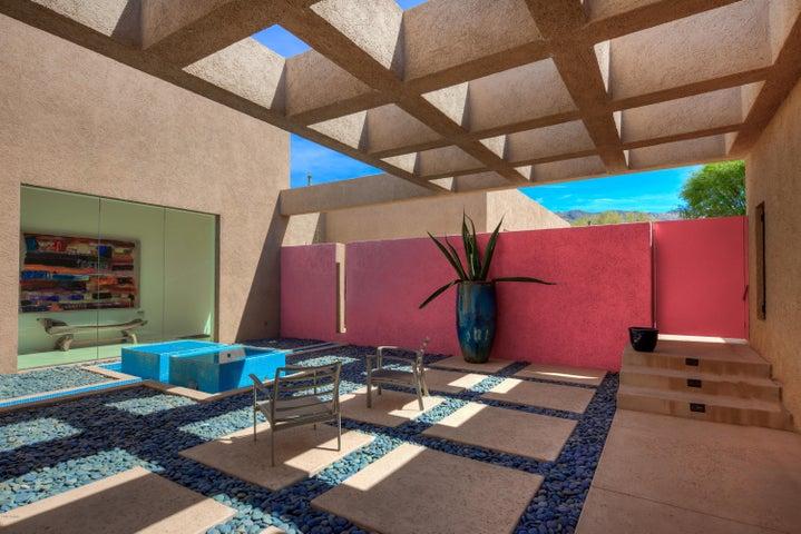 Photo of 9793 E HONEY MESQUITE Drive, Scottsdale, AZ 85262