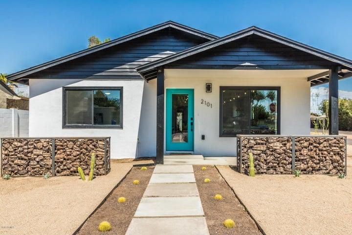 Photo of 2101 N 25TH Place, Phoenix, AZ 85008
