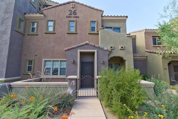 Photo of 3935 E ROUGH RIDER Road #1353, Phoenix, AZ 85050