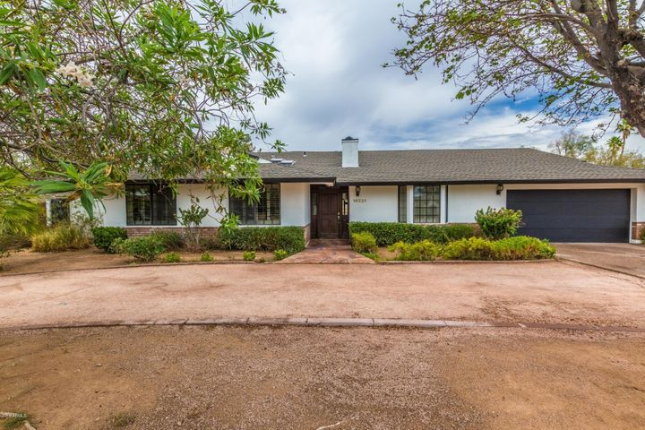 Photo of 10221 N 58th Place, Paradise Valley, AZ 85253