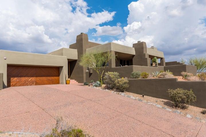 Photo of 9910 E GRAYTHORN Drive, Scottsdale, AZ 85262