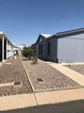 Photo of 437 E GERMANN Road #35, San Tan Valley, AZ 85140