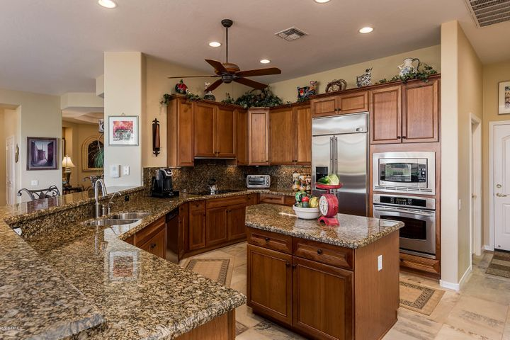 Photo of 12819 W SANTA YNEZ Drive, Sun City West, AZ 85375
