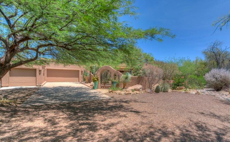 Photo of 1035 N BOULDER Drive, Carefree, AZ 85377