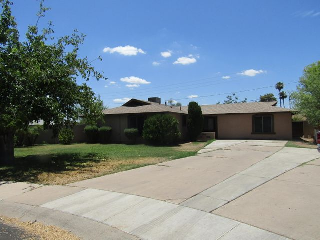 Photo of 233 W GAIL Drive, Chandler, AZ 85225