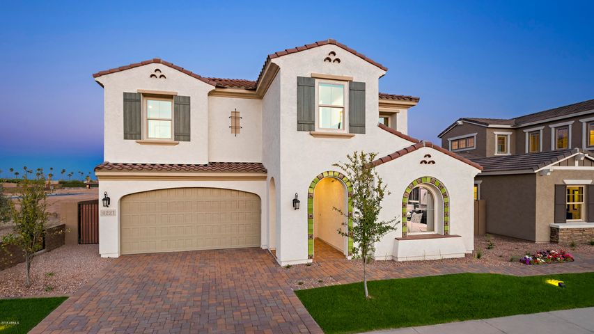 Photo of 4221 S BARBERRY Drive, Chandler, AZ 85248