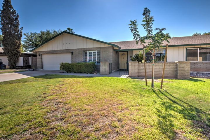 Photo of 2235 W JACINTO Circle, Mesa, AZ 85202