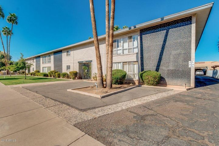 Photo of 312 W MARYLAND Avenue #4, Phoenix, AZ 85013