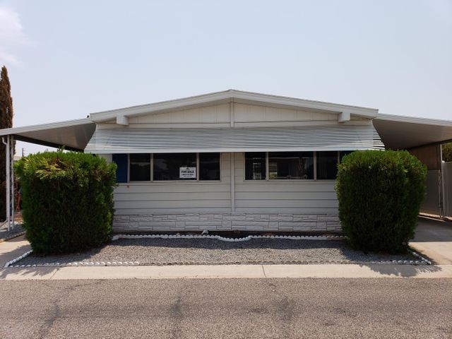 Photo of 2401 W SOUTHERN Avenue #LOT 176, Tempe, AZ 85282