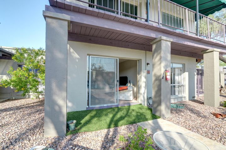 Photo of 16807 E GUNSIGHT Drive #B13, Fountain Hills, AZ 85268
