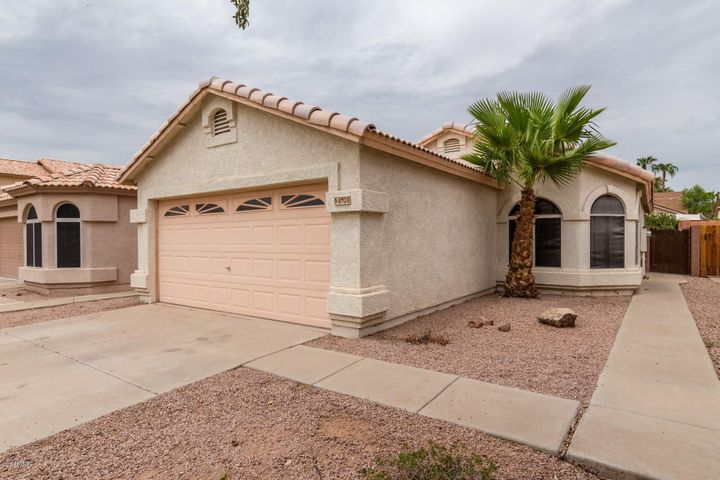 Photo of 4530 E GLENHAVEN Drive, Ahwatukee, AZ 85048