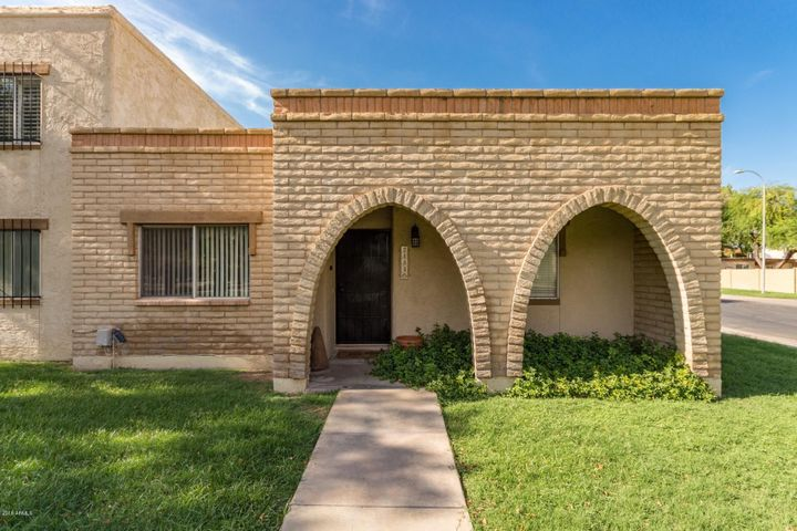 Photo of 2134 E VILLA Court, Tempe, AZ 85282