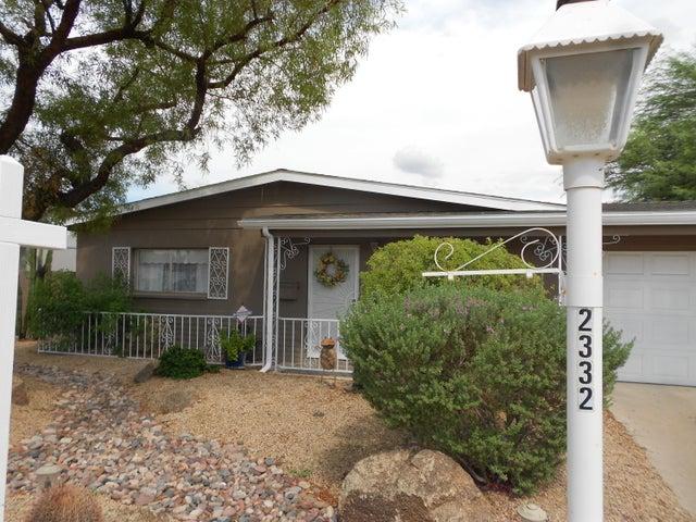 Photo of 2332 E BETTY ELYSE Lane, Phoenix, AZ 85022