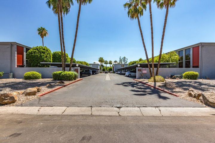 Photo of 385 W Pierson Street #E2, Phoenix, AZ 85013