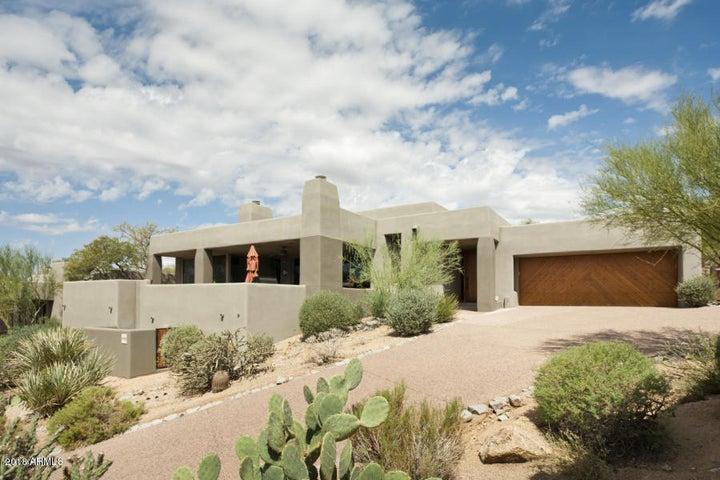 Photo of 9958 E GRAYTHORN Drive, Scottsdale, AZ 85262