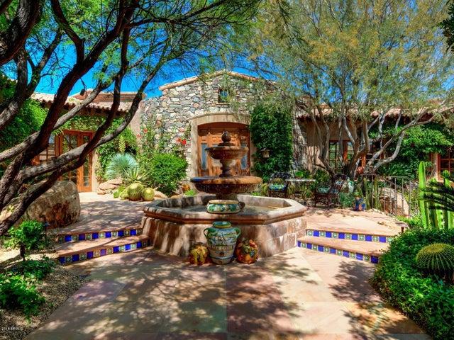 Photo of 10248 E VENADO Trail, Scottsdale, AZ 85262