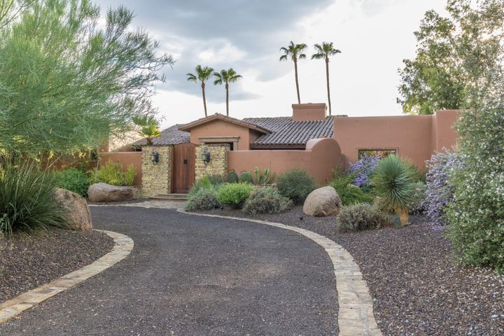 Photo of 11636 N 60TH Street, Scottsdale, AZ 85254