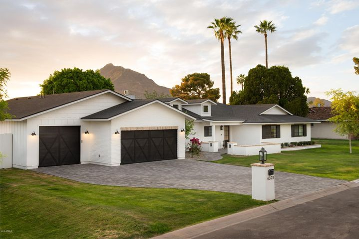 Photo of 4322 N 68TH Place, Scottsdale, AZ 85251