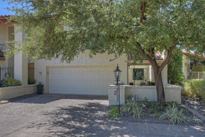 Photo of 77 E MISSOURI Avenue #36, Phoenix, AZ 85012