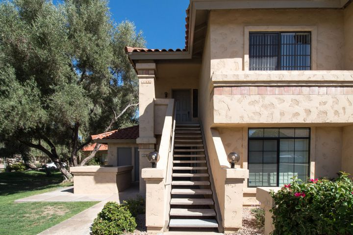 Photo of 9711 E MOUNTAIN VIEW Road #2500, Scottsdale, AZ 85258