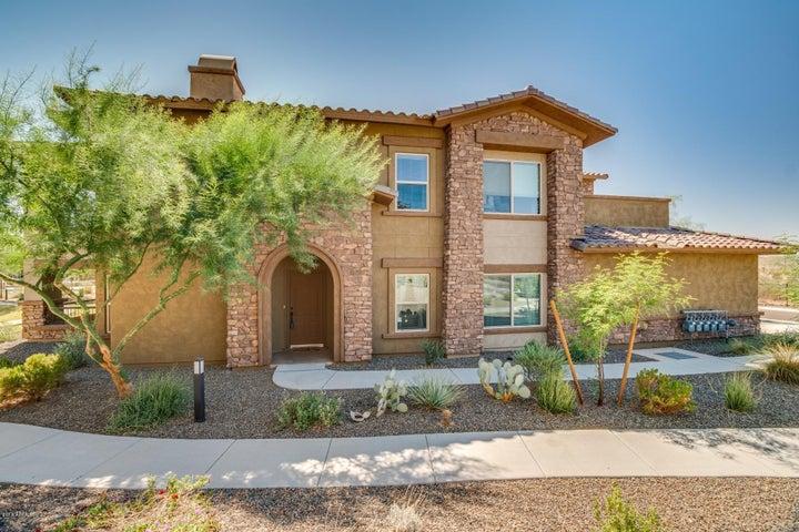 Photo of 2425 W BRONCO BUTTE Trail #1043, Phoenix, AZ 85085