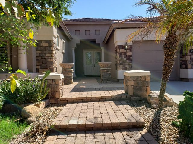 Photo of 5521 N 83RD Drive, Glendale, AZ 85305