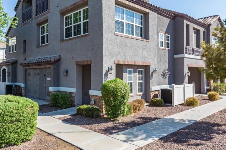Photo of 2347 E HUNTINGTON Drive, Phoenix, AZ 85040