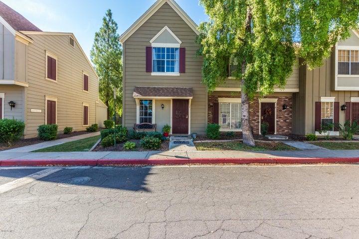 Photo of 3411 W MORROW Drive #1, Phoenix, AZ 85027