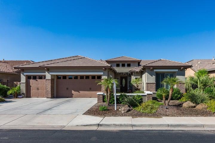 Photo of 1374 E GRAND CANYON Drive, Chandler, AZ 85249