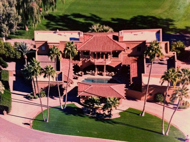Photo of 7155 E OAKMONT Drive, Paradise Valley, AZ 85253