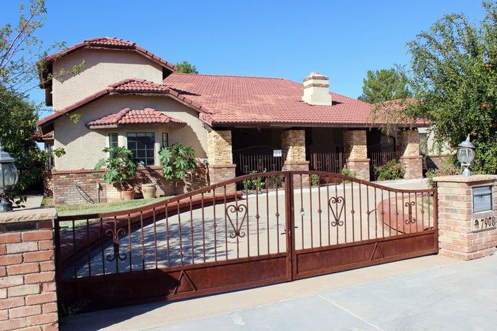 Photo of 7908 W COUNTRY GABLES Drive, Peoria, AZ 85381