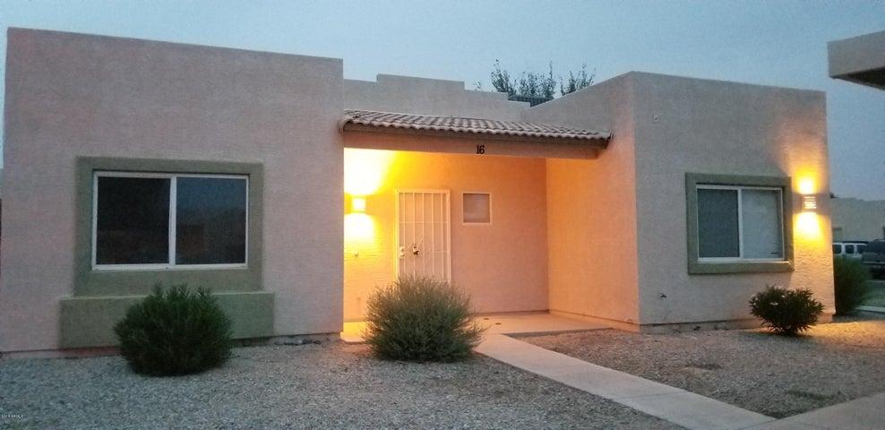 Photo of 2300 E MAGMA Road #16, San Tan Valley, AZ 85143