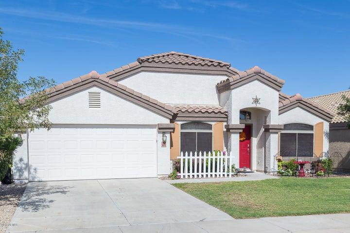 Photo of 33278 N ROADRUNNER Lane, Queen Creek, AZ 85142