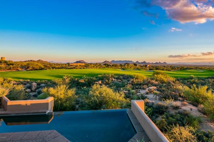 Photo of 11103 E GRAYTHORN Drive, Scottsdale, AZ 85262