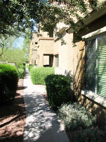 Photo of 3250 W GREENWAY Road #104, Phoenix, AZ 85053