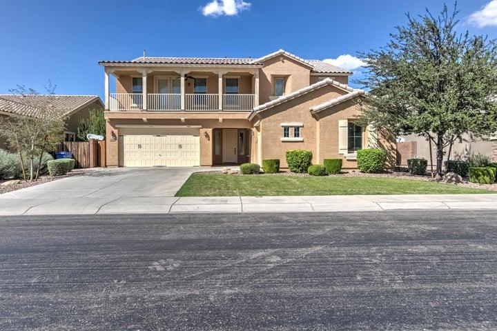 Photo of 2176 E INDIAN WELLS Drive, Gilbert, AZ 85298